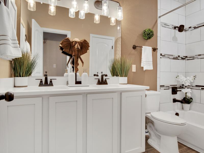 Tuscany Model Home - Downstairs Full Bathroom