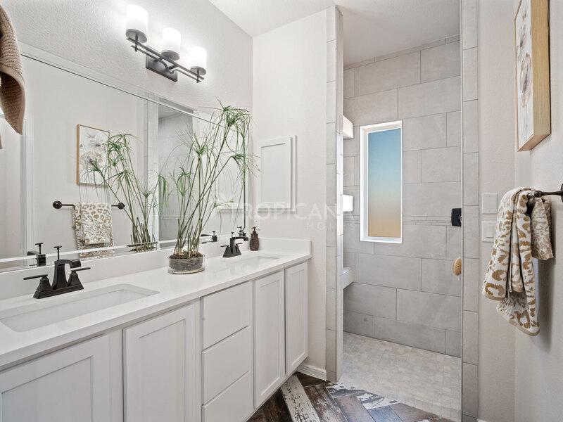 Eastlake model home - Downstairs master bathroom